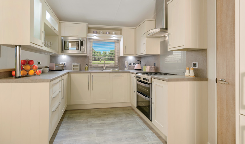 2017-Willerby-Aspen-Lodge-Kitchen