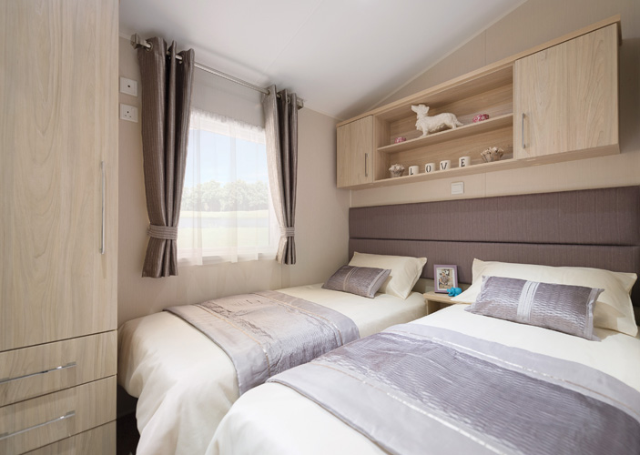 2017-Willerby-Aspen-Lodge-Twin-Bedroom
